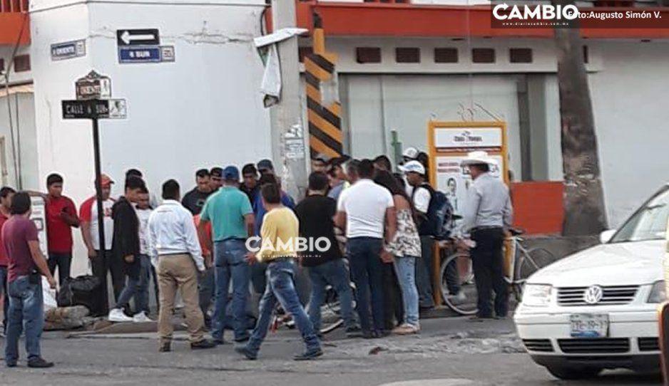 Vecinos vigilantes someten y capturan a ladrón en Tecamachalco
