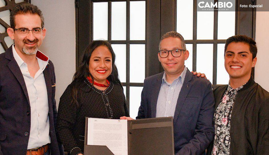 Firma Ayuntamiento de Cuautlancingo  convenio con universidades de Puebla