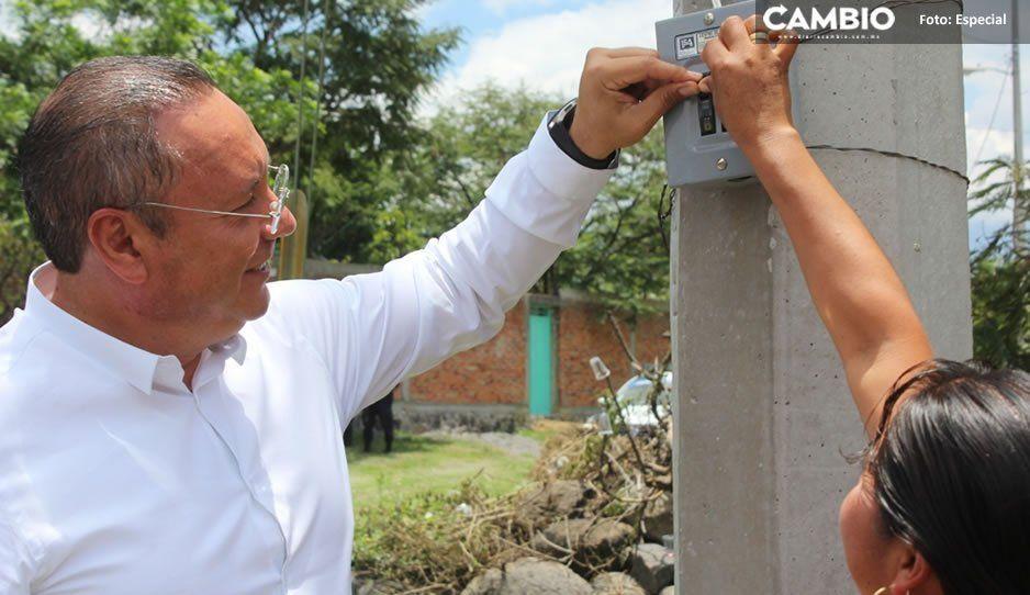 Inaugura Guillermo Velázquez obras de progreso para las familias de Atlixco