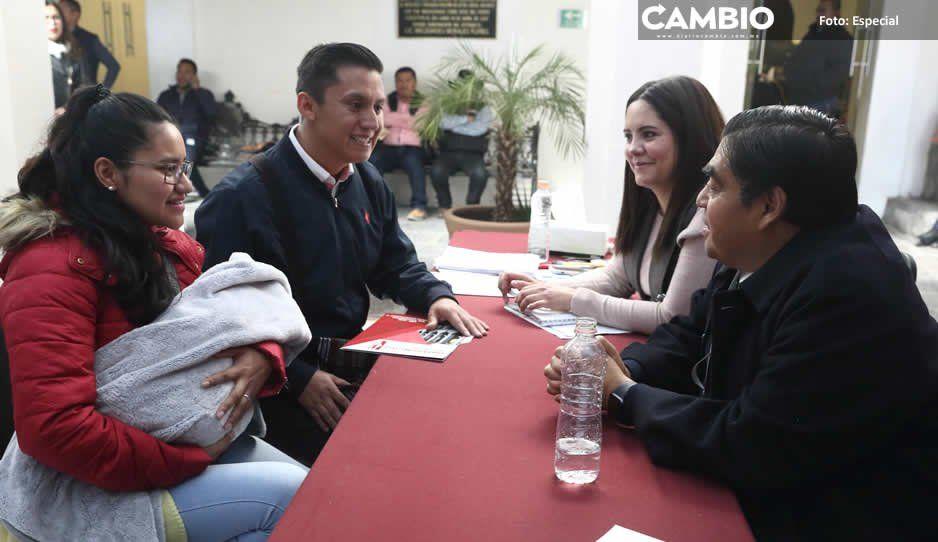 Martes ciudadano mantiene afluencia: edición 25 atiende a 3 mil 565 poblanos