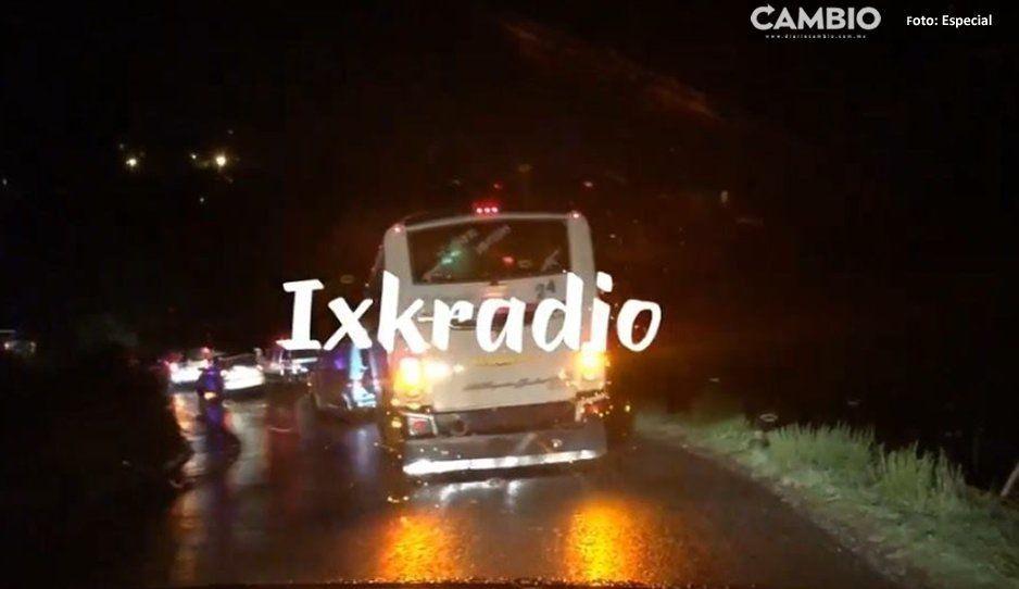 Lluvias aumentan creciente de río, y tumban contención de puente en la carretera a Tecali (VIDEO)