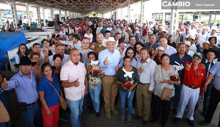 Gobierno de Atlixco y productores celebran  un año de la nueva plazuela de Santa Rita