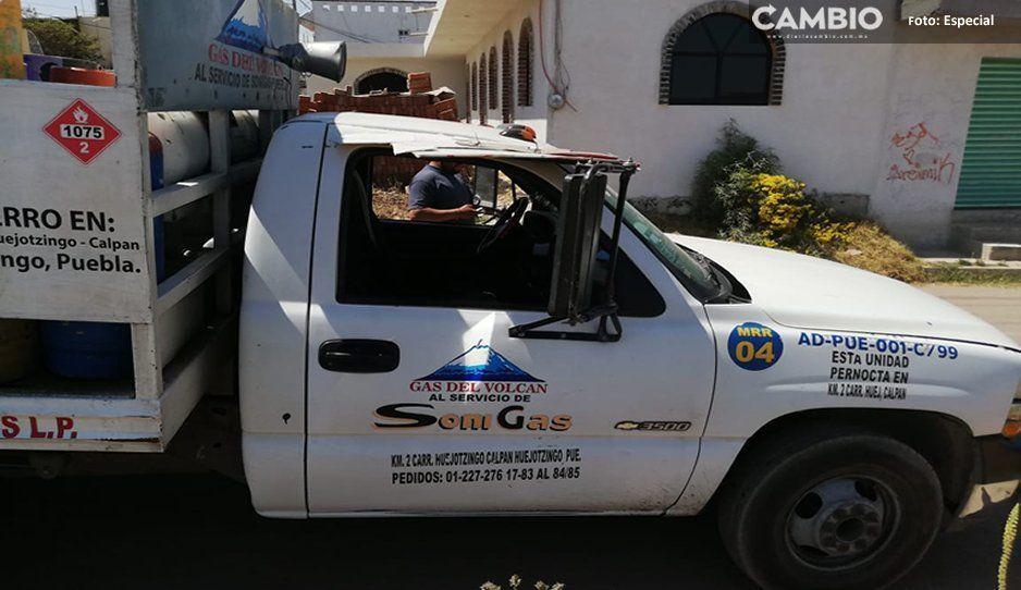 Atracan camioneta repartidora de gas en Huejotzingo
