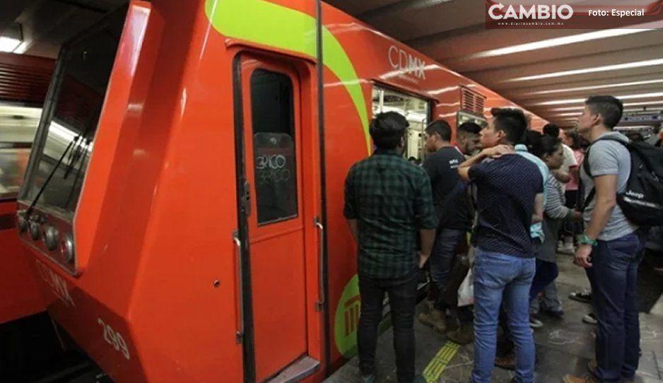 Quinceañera se avienta a las vías del Metro y muere