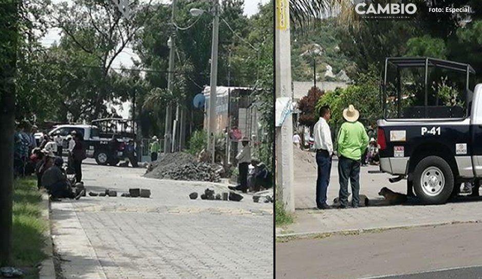Vecinos de Tehuixpango se oponen a portones de más de 100 mil pesos
