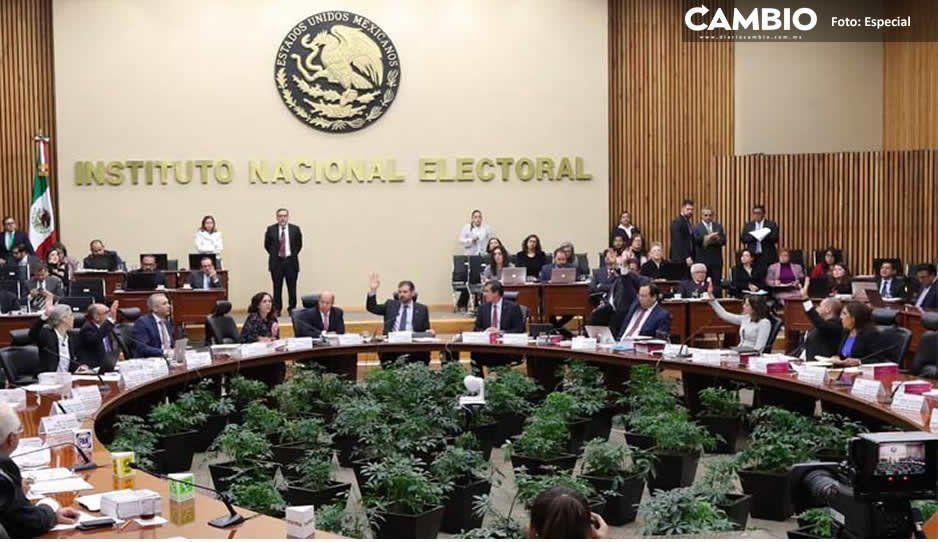 Morena denuncia al PRD por difundir spots indebidos para la precampaña