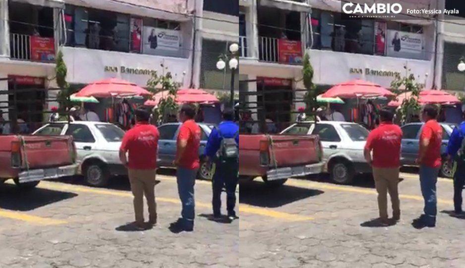 Intento de asalto a cuentahabiente genera movilización policíaca en Bancomer de Izúcar