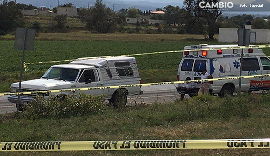 Muere pareja tras impactar su motocicleta en una camioneta en Tlalancaleca