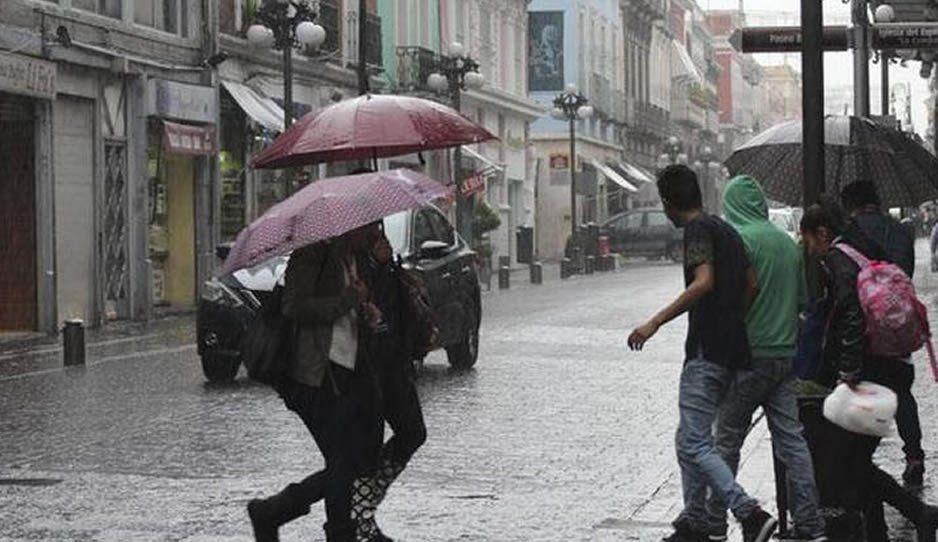 No olvides el paraguas, prevén fuertes lluvias para esta noche del Grito de Independencia