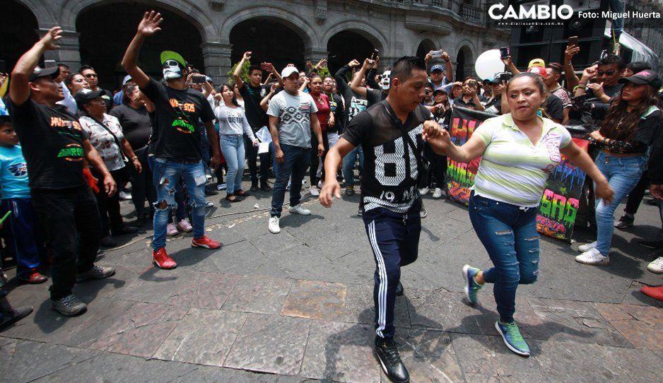 Con guateque en pleno Zócalo, sonideros piden al Ayuntamiento que los deje trabajar