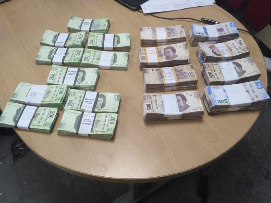 Detienen a venezolano con dinero en efectivo en aeropuerto de Huejotzingo
