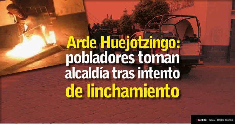 Caos en Huejotzingo: chocan pobladores vs policía a causa de un linchamiento frustrado (VIDEOS)