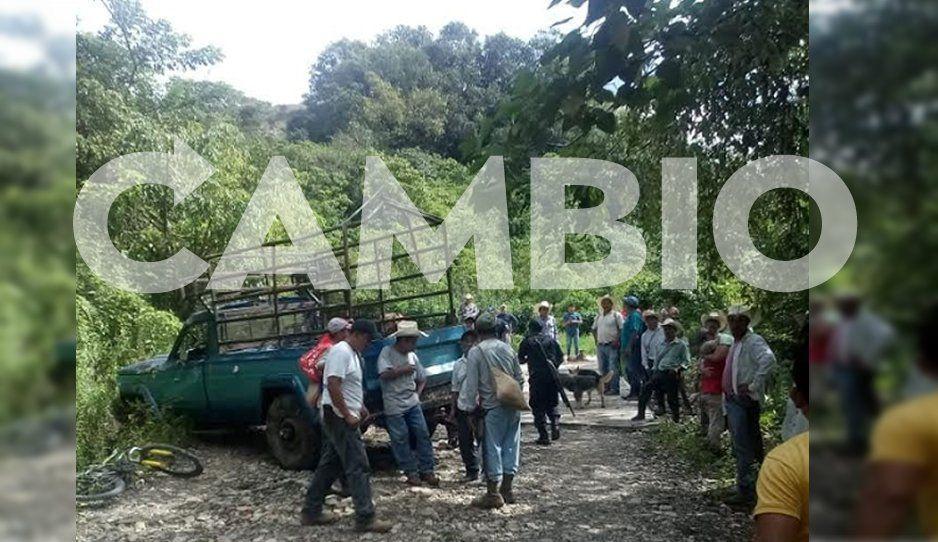 Muere una mujer y 17 están heridos, luego que la camioneta se quedara sin frenos en Jopala