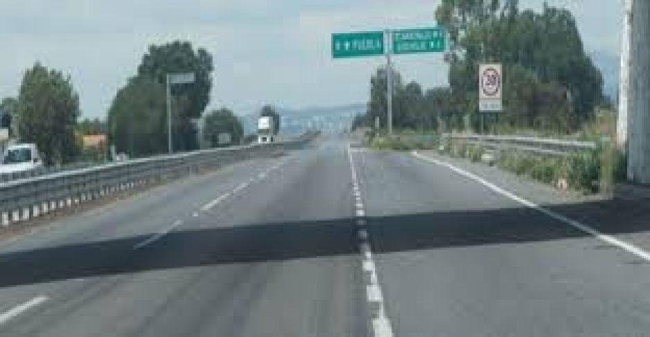 Levantan a pareja en Bosques de San Sebastián; los aventaron en la Puebla-Orizaba para robarles su coche