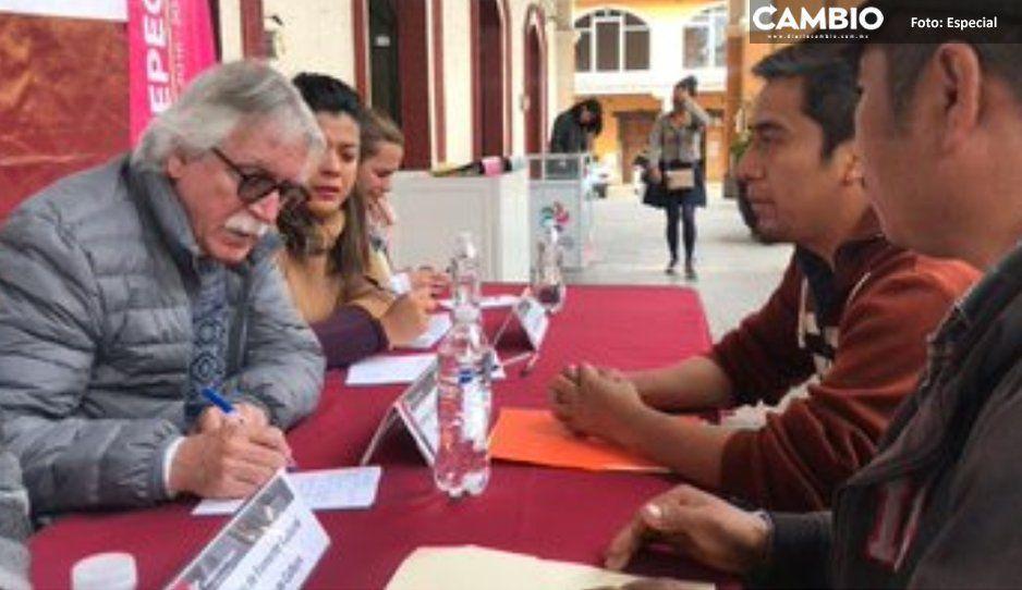 Julio Glockner ya se siente fuera del gabinete y huye a Xicotepec