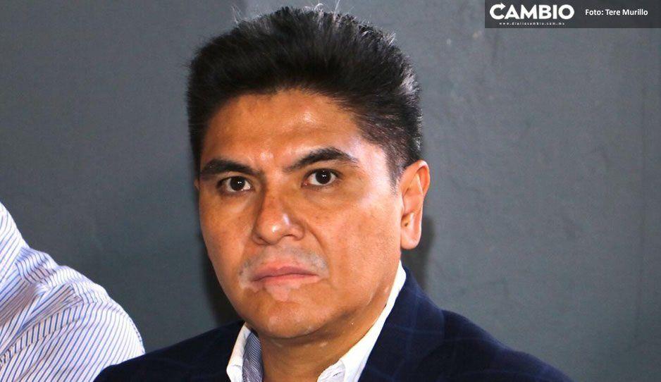 Ambulantes cobran 200 pesos diarios para no instalarse cerca de negocios, denuncia José Juan Ayala