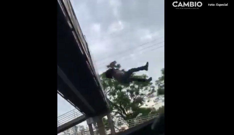 ¡Milagro! Hombre se avienta de un puente y sobrevive (VIDEO)