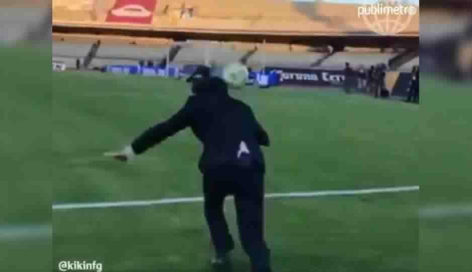 """VIDEO: No te pierdas el osote que hizo el """"Kikín"""" Fonseca en la transmisión del Pumas vs Dorados"""