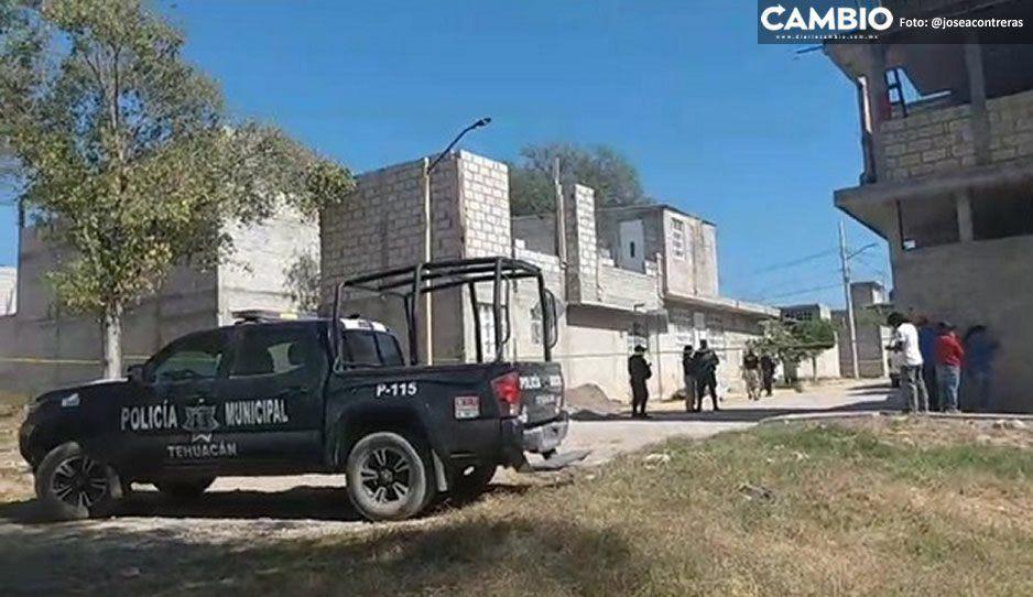 Ejecutan a microbusero y asaltante conocido como El Chocorrol frente a su casa en Tehuacán