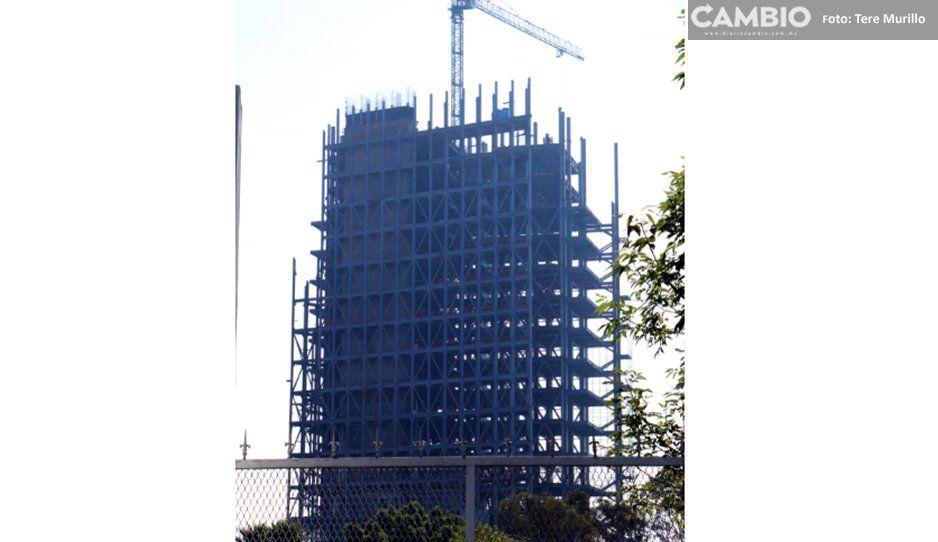 Torre de rectoría estará lista para octubre, sólo falta un piso: Esparza