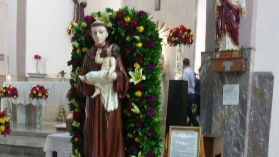 Preparan misa de solteros para el Día de San Antonio de Padua