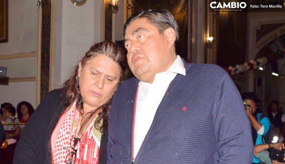 Barbosa da gracias a la Guadalupana  en compañía de su familia y ciudadanos