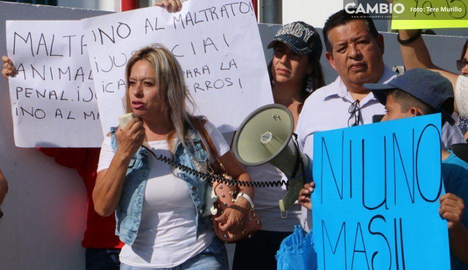 Pocos, pero bien convencidos los que  fueron a la marcha vs La Comeperros