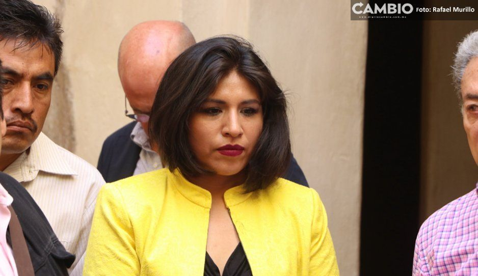 Denuncian a Roxana Luna por pedir moches y hostigar a su ex compañera de fórmula