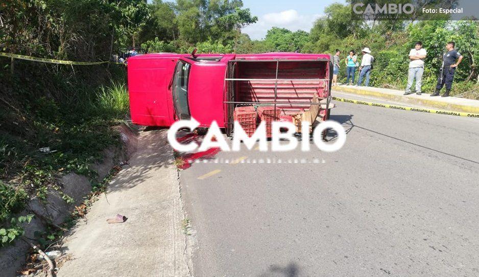 Mortal accidente en la Hueytamalco-Ayotoxco: termina con la cabeza aplastada tras volcadura (FOTOS IMPACTANTES)