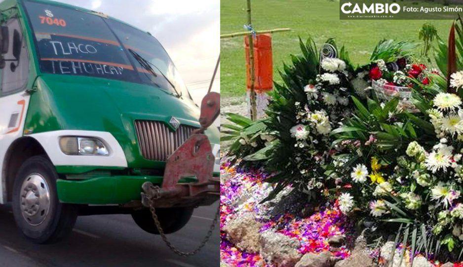 Dan ultimó adiós a niño cobrador que cayó de microbús y murió en la federal a Tehuacán