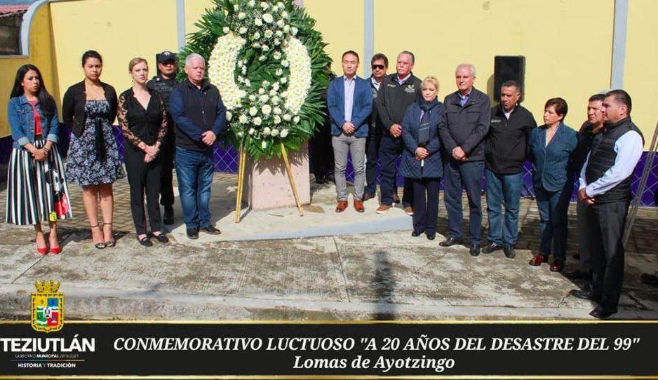 Carlos Peredo refrenda compromiso con seguridad en conmemorativo luctuoso a 20 años del Desastre del 99 en Teziutlán