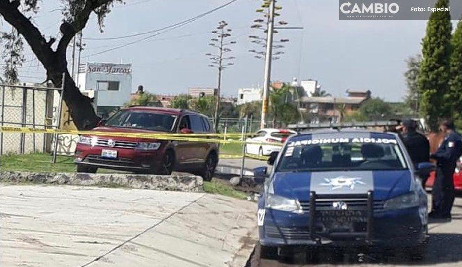 Estrangulan a hombre y tiran su cadáver frente a escuela de Cholula (VIDEO)