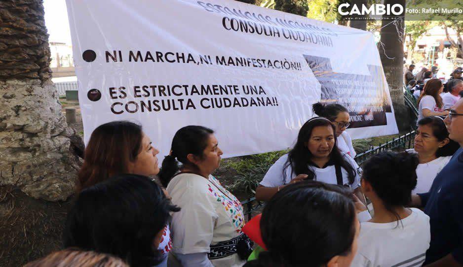 Padres de familia liderados por Violeta Lagunes reclaman estancias infantiles (VIDEO)