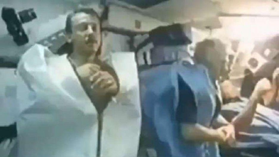 Revelan VIDEO inédito de como duermen los astronautas en el espacio