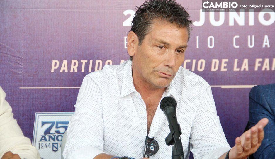 Con Larios hay que reconocer a las  leyendas del Club Puebla: Poblete