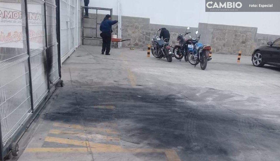 Matan a policías, roban armas y cajero automático en San José Chiapa