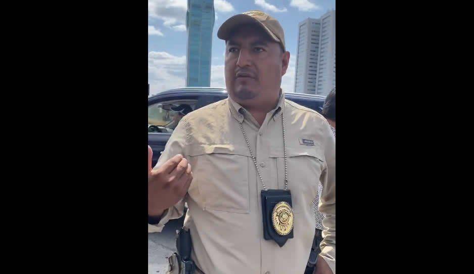 """Fiscalía aplica un """"usted disculpe"""" a Julián Abed por detener a sus escoltas (VIDEO)"""
