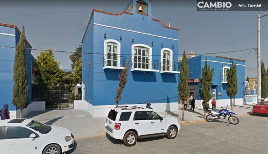 VIDEO: ¡Venganza en Amozoc! Alcalde manda agredir a síndico y a hacerle desmanes en su oficina