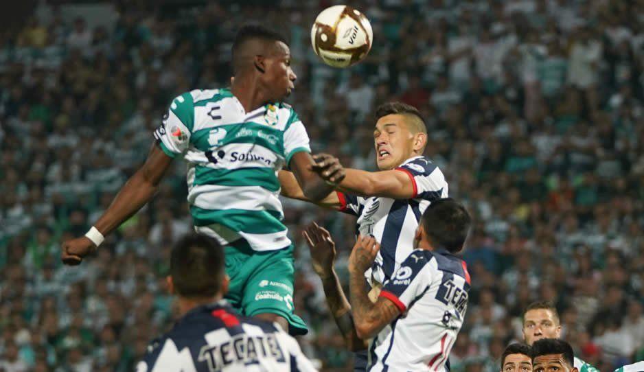 Monterrey echa al líder Santos de la Liguilla con global de 6-3