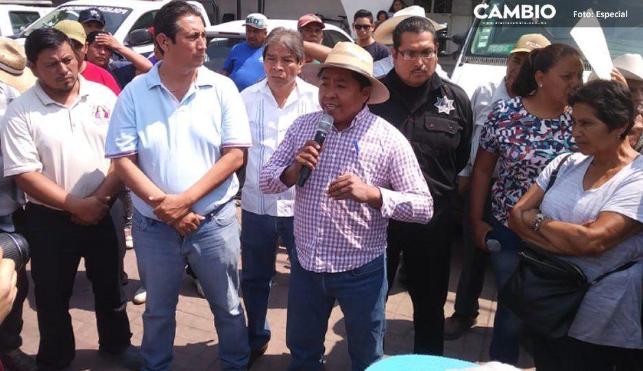 Pobladores toman alcaldía de Tepeojuma para exigir seguridad y agua en municipio