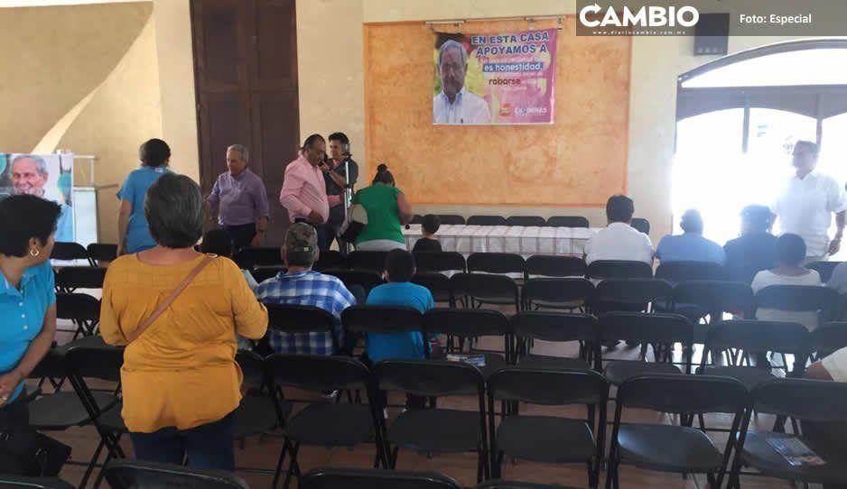 Cárdenas asegura en Izúcar que es falso que  camioneta sea donada por socio del Casitas