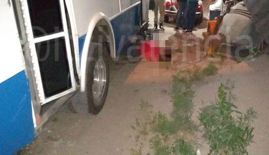 Muere aplastado por el camión que arreglaba en Xochimehuacan