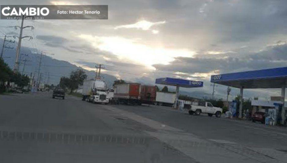 Sujetos armados asaltan gasolinera en Texmelucan, ya es la tercera de la semana