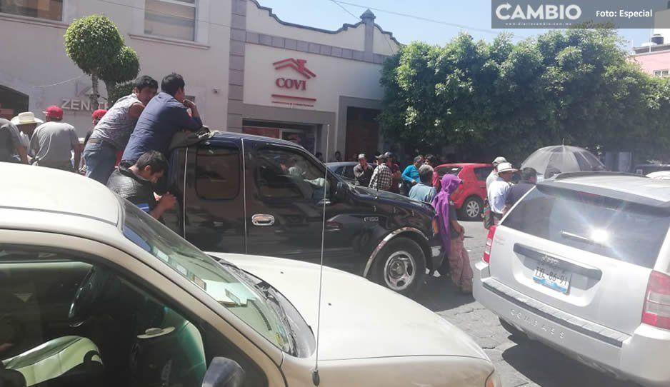 Protestan comerciantes en Tehuacán contra constructora COVI