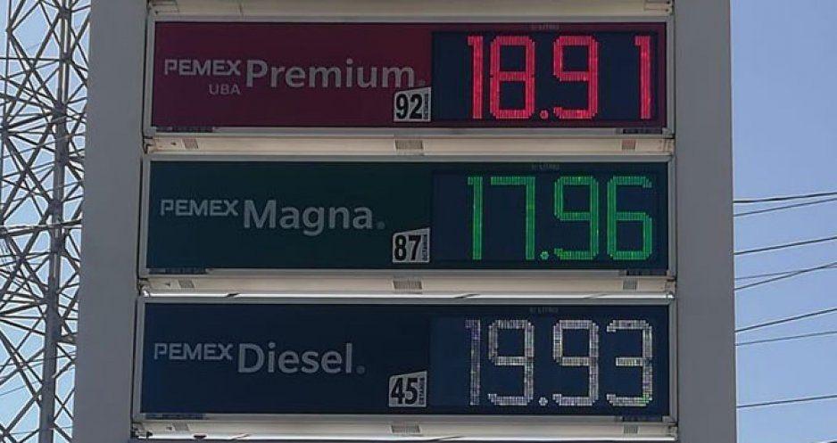 Mientras en otros estados hay desabasto de gasolina, en Puebla ya está en menos de 18 pesos