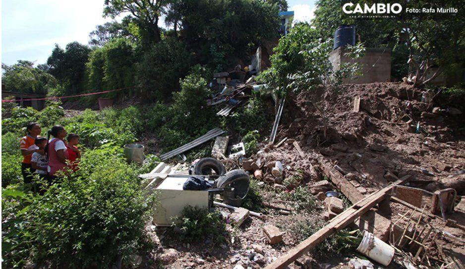 Comienzan a retirar escombros que dejó el deslave en Santo Tomás Chautla