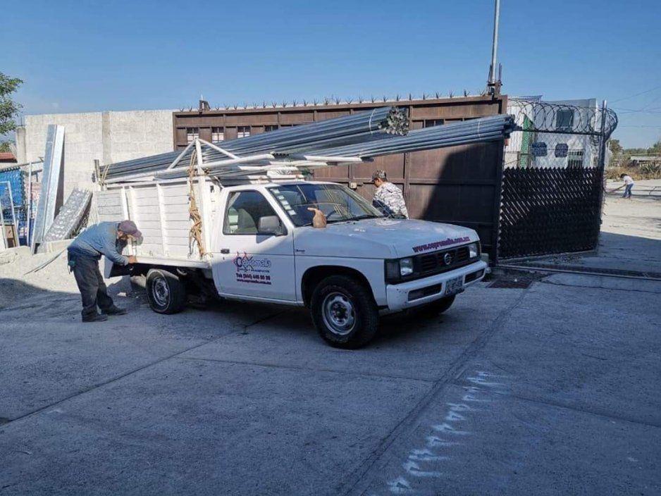 Se roban su camioneta mientras movían las caderas en baile de San Andrés Cholula