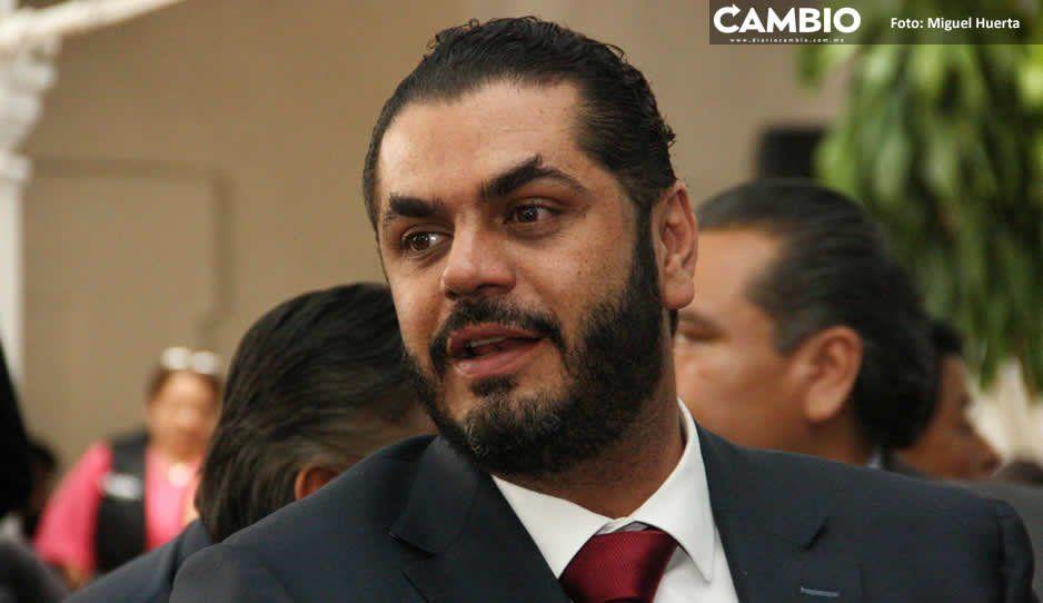 Regidora morenista pide renuncia a Felipe  Patjane en sesión de cabildo en Tehuacán
