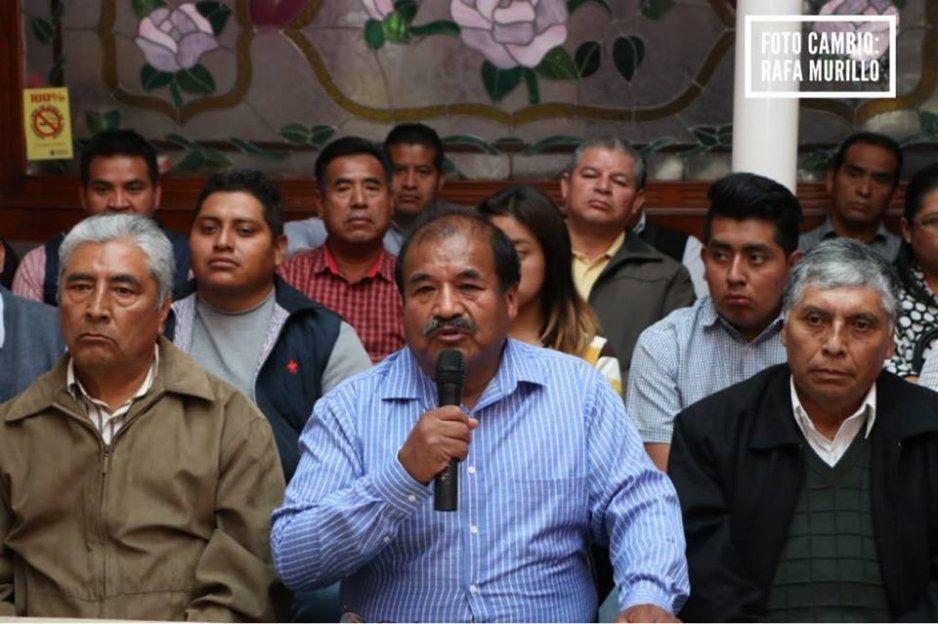 Grupo de panistas encabezados por Tequipanecatl manifiestan su apoyo a Barbosa