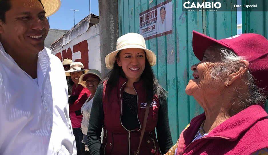 Presidenta del DIF de Acajete cobra 20 mil  por cargo honorario; denuncian nepotismo